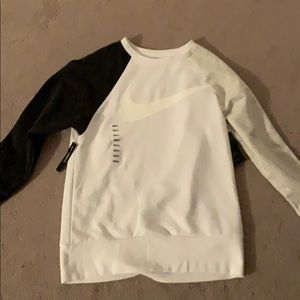 NIKE Sweatshirt. NEVER WORN BRAND NEW